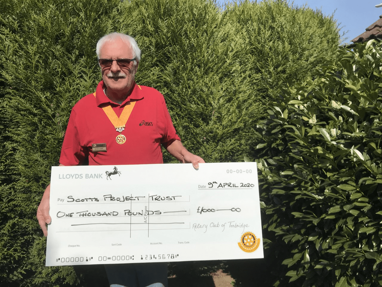 Rotary Cheque Picture
